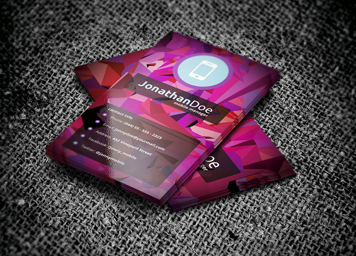 Creativemarket_Low_Poly_Business_Card_15369_cap02
